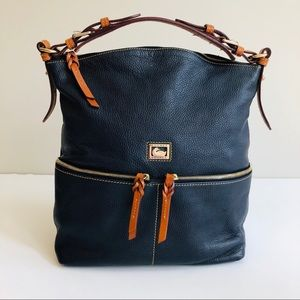 Dooney & Bourke Dillen Medium Pocket Sac in Black